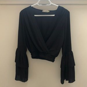 Black V-neck top with Ruffle Sleeves!